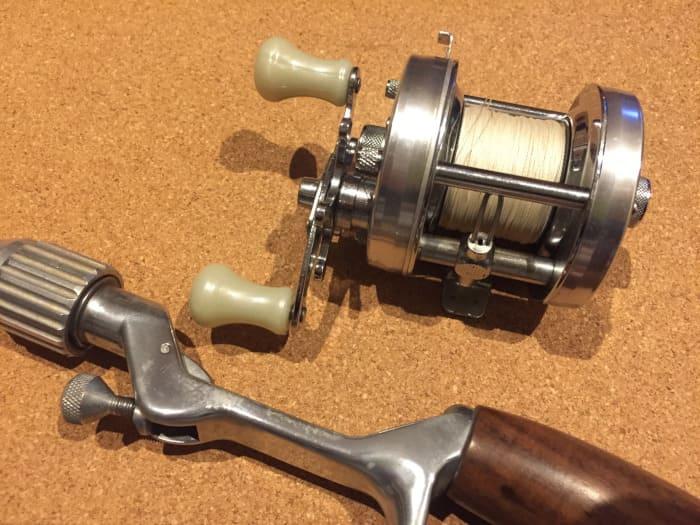 トップウォータープラッガーがカヤックで使用するタックル