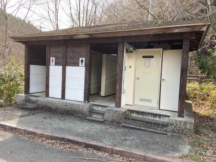 宮城県_ふくろうの森キャンプ場_トイレ