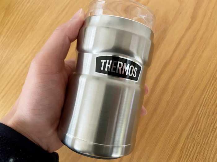 サーモス保冷缶ホルダーROD-002は普通に持ちやすい