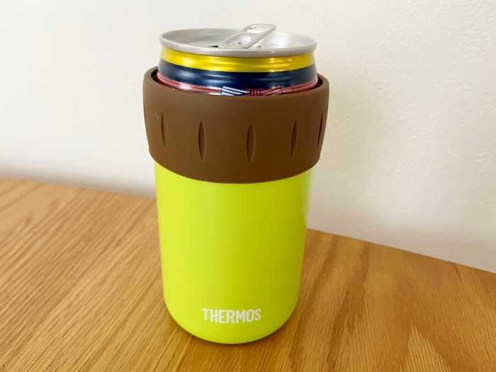 サーモス保冷缶ホルダーJCB-352に缶を入れてみた